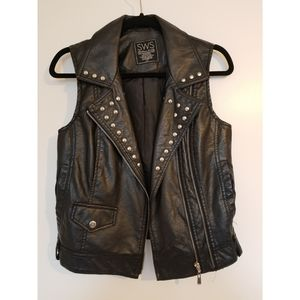 Faux Leather Vest With Studs S